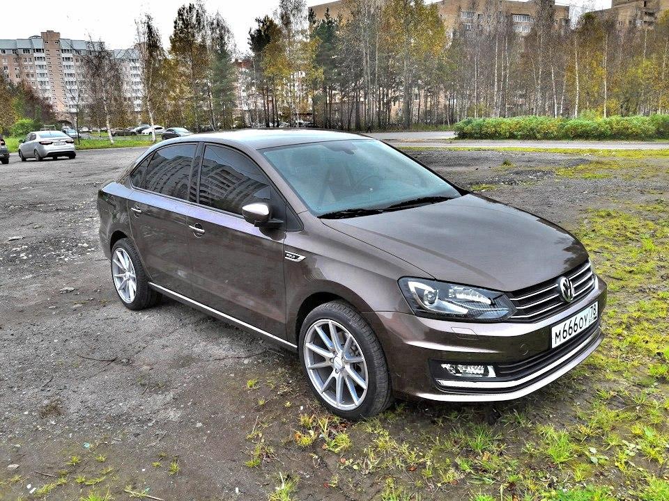 VW  отзывает в Российской Федерации  неменее  30 тыс.  Polo Sedan