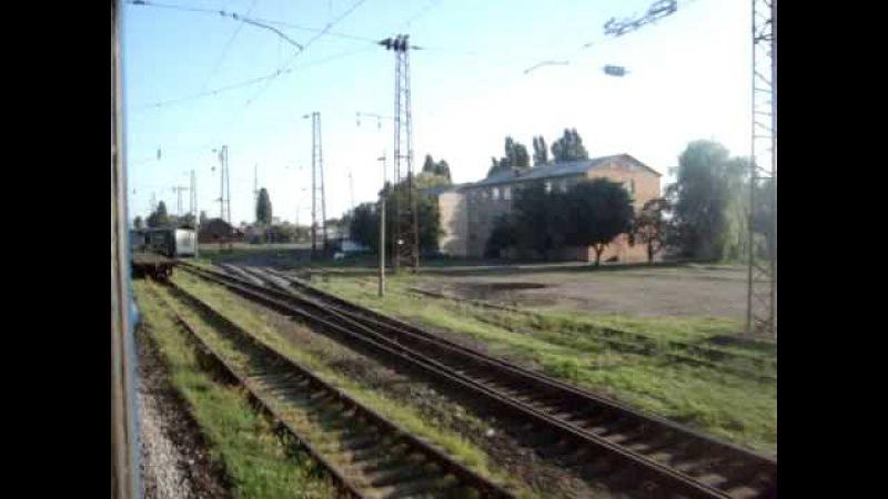 Прибытие на станцию Котовск из окна ночного скорого поезда №132131 Симферополь-Хм...