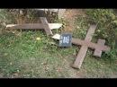Таджикистан уничтожение русского кладбища ломка крестов, надгробия на строите...