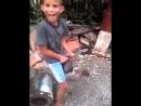 малолетка всадил курице