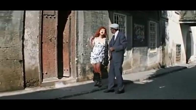 Бриллиантовая проститутка рука эпизод актриса