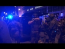 """""""Nehmt die Waffen runter!""""- """"Kämpft mit uns, nicht gegen uns""""! -Polizei-SEK beim G20-Gipfel-8.7.2017"""