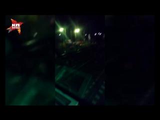 Очевидец снял на видео первые минуты после столкновения поезда с автобусом под Покровом