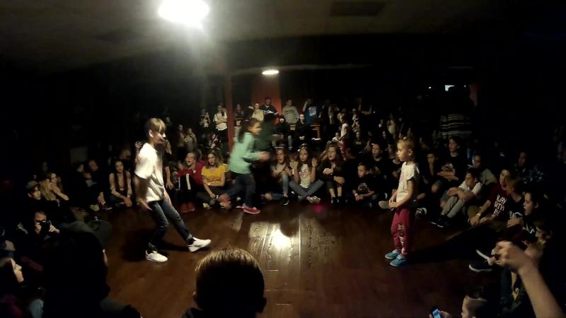 Динамика vol 2 Hip Hop Kids 1 8 Li vs Dora