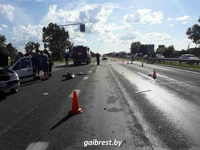 Кобринский район: в ДТП пострало 6 человек, 1 человек погиб