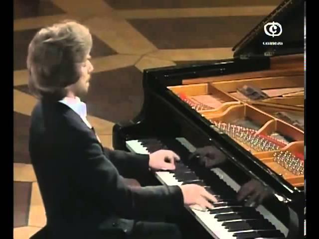 Krystian Zimerman - Schubert - Impromptu No 4 in A-flat major, D 899