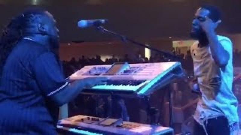 Jevon Duval Hill -Talkbox Solo -Tye Tribbett The Bloody Win Tour in Jacksonville