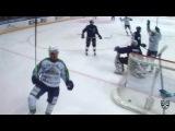 Моменты из матчей КХЛ сезона 16/17 • Гол. 2:2. Игорь Григоренко (Салават Юлаев) классно бросил из-под защитника 25.01