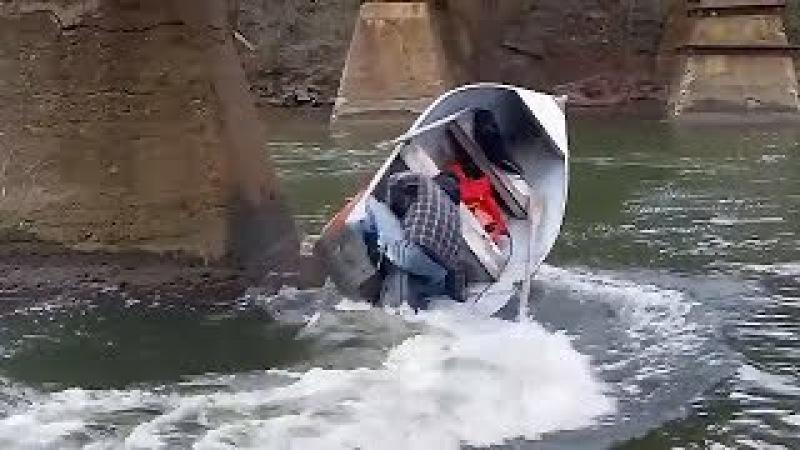 ✪ Идиоты за Рулем Моторных Лодок 2 Аварии Моторных лодок на рыбалке Необычная Рыбалка