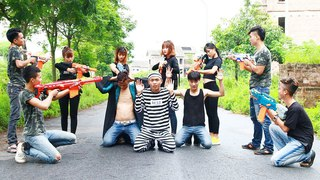 3T Nerf War : Squad Alpha Two Female Guards Nerf guns Fight With Escaped Prisoner