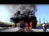Подборка видео / №6 / БелАЗ сгорел / Негритянки поджарили задницу / Вошел в магазин через крышу / По машине салютом, мотоциклом