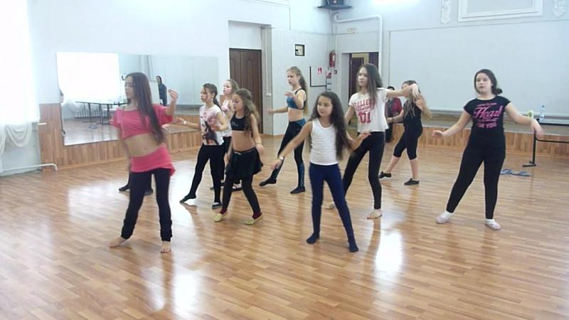 Танцевальный клуб Амира Ковров2017. Танцуем и отдыхаем)Мастер-класс Вилковой Насти