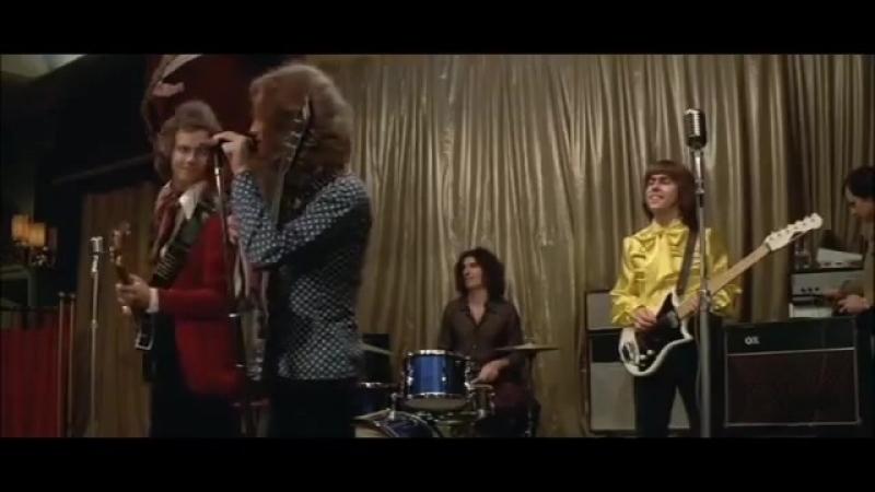 Slade in Flame (1975) - Slade (aka Flame) perform Them Kinda Monkeys cant swin