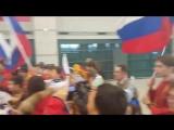 Болельщики встретили хоккейную сборную России в аэропорту Сеула пением национального гимна