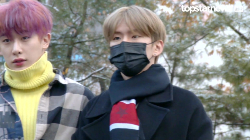 [RAW|VK][24.11.2017] MONSTA X at arrive KBS Music Bank @TopStarNews