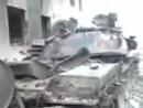 Уничтоженный российский танк Т-72БМ на базе российских миротворцев в Цхинвале. Южная Осетия, август 2008 года