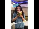 Madhuri's instagram story. 16.02.18 г.