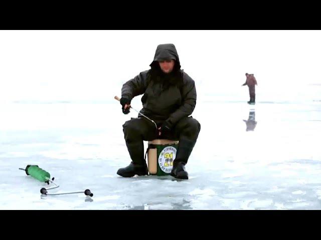 Ловля судака зимой на блесну со льда на реке Дон смотреть онлайн без регистрации