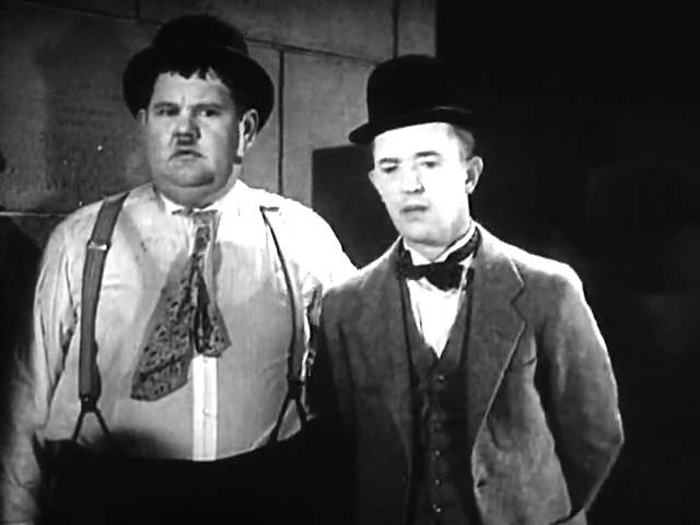 Stan Laurel Oliver Hardy :Come Clean.(1931.v.o)