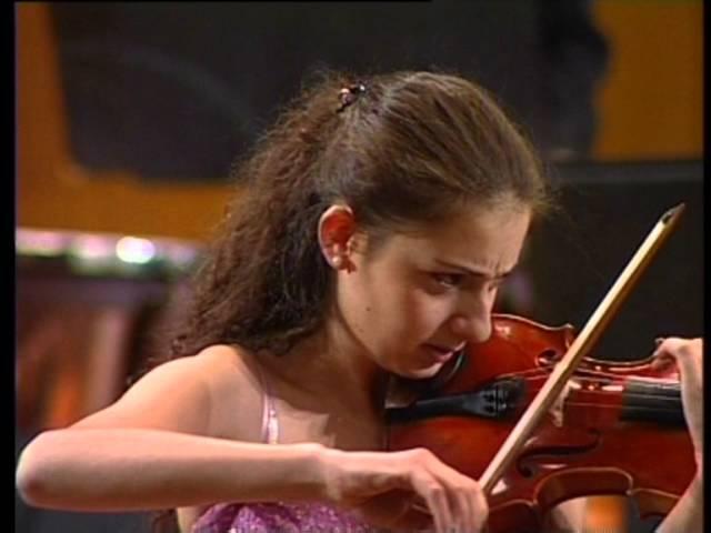 SUZY YERITSYAN Carmen Fantasie (Waxman), Violin made by SAMVEL YERITSYAN