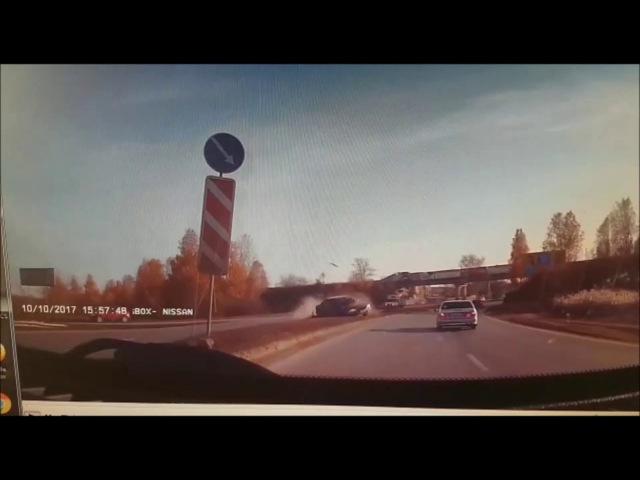 Авария: встречка 10.10.2017. Екатеринбург, пр. Космонавтов