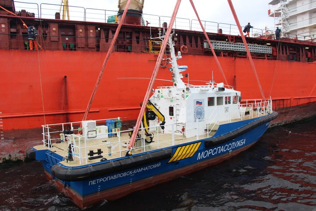 Два катера постройки ЯСЗ доставлены на Дальний Восток