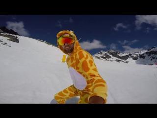 Жираф и Миньон на Сноуборде