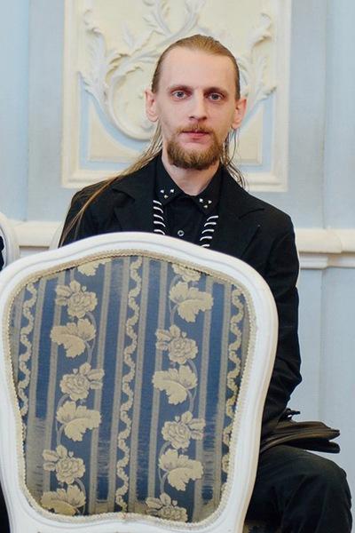 Денис Паутов