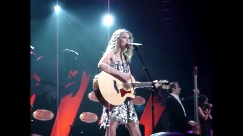 Taylor Swift - Fifteen (Live at Z100 Jingle Ball 2009)
