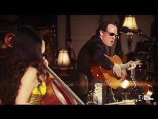 Deep House presents: Эпическая битва струн гитарист Джо Бонамасса с виолончелисткой Тиной Гуо [HD 720]