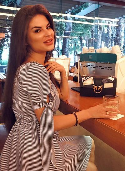 Алина Подрабинек