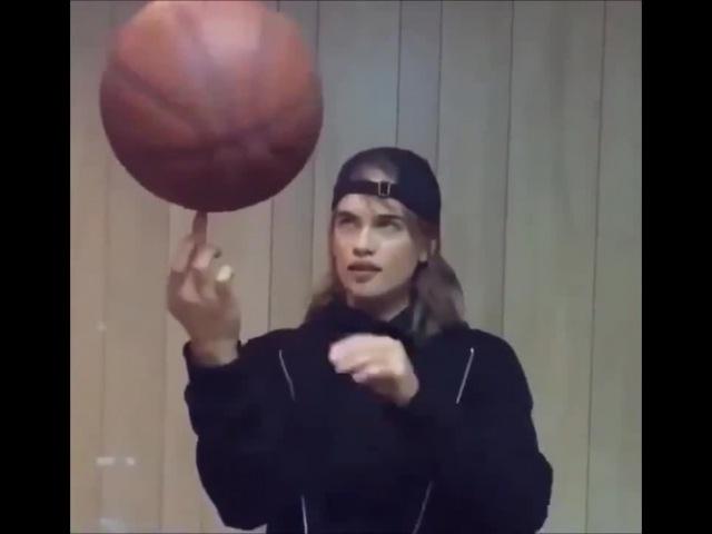 Basketball Girl   Gesaffelstein - OPR