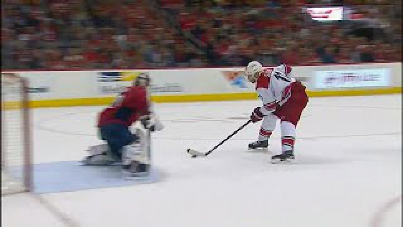 Messy pass by Capitals leads to Staal scoring shorthanded смотреть онлайн без регистрации