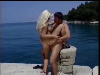 Kelly Trump - Die Frauen Insel - scene 2
