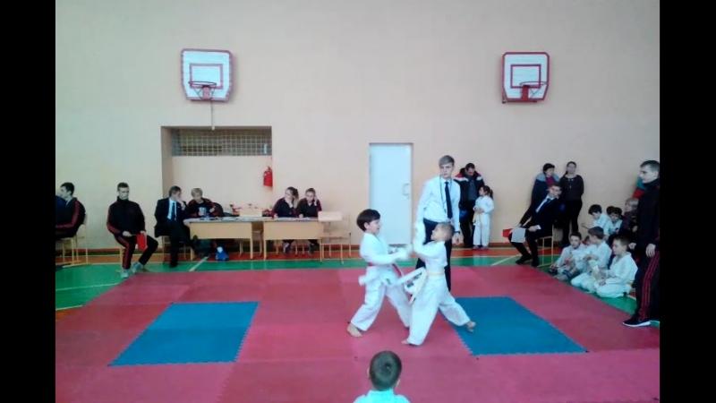 Чемпионат города Макеевки по каратэ -3 бой.