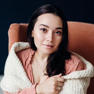Anna Yarum