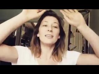 Isidora Goreshter (Svetlana) speaks russian