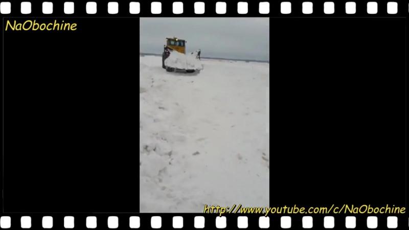 К-701, К-700 на бездорожье! Кировец лучшее средство для передвижения по нашим дорогам!