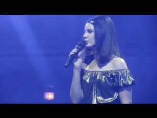 Lana Del Rey - Get Free (Live LA TO THE MOON TOUR Chicago)