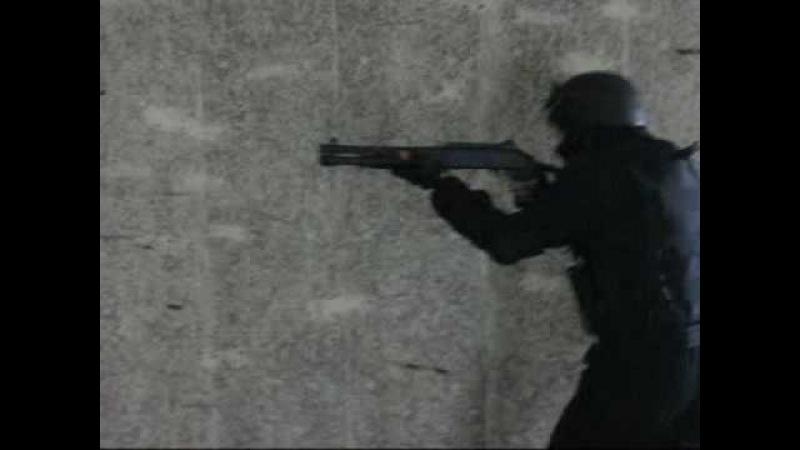 Special Ops shooting M1014 - Benelli M4 short semiauto shotgun
