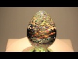 ViviOvo D'Oro - Glass Sculpture by glass artist Jack Storms