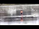 Мамонтенок плывет на льдине