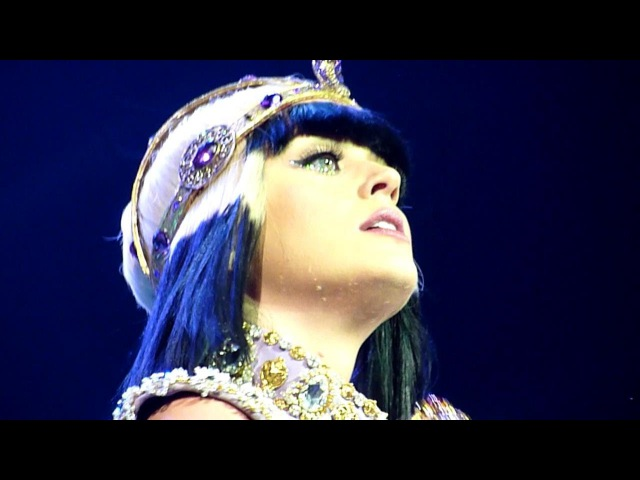 Katy Perry - E.T (Live - Phones 4u Arena, Manchester, UK, May 2014) ET
