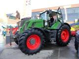 Самый дорогой трактор на выставке Агокомплекс-2017, FENDT 933 Vario