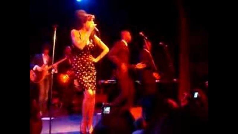 Amy Winehouse - Rehab (Bowery Ballroom)