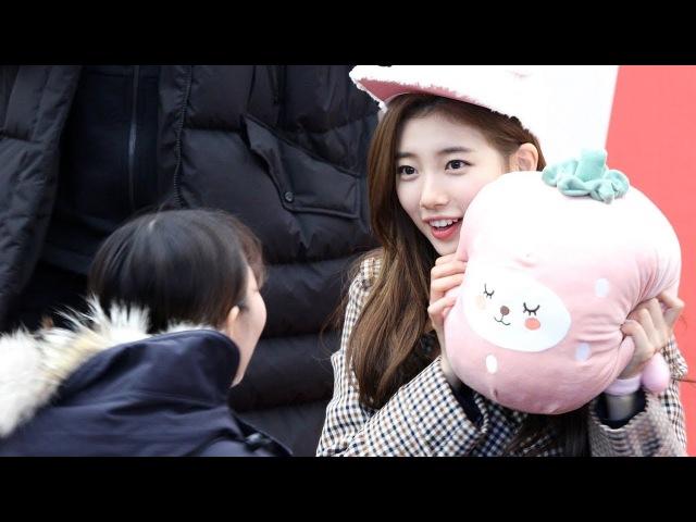 180204 수지(SUZY) 팬사인회 10분 Fan sign preview [HOLIDAY 코엑스 팬싸] 4K 직캠 by 비몽