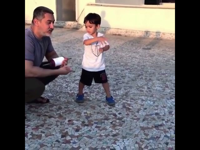 Aamir Khan flying Kites with Son Azad and enjoy happy Father's day