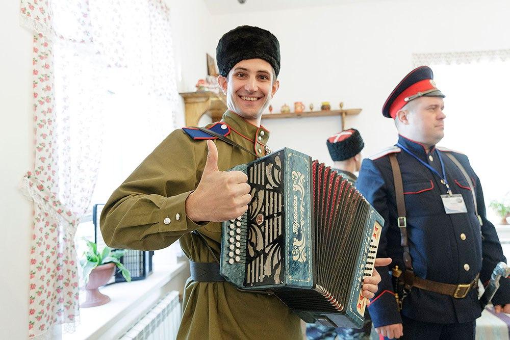 Алексей Дюмин принял участие в открытии центра культурного развития «Верховье Дона»