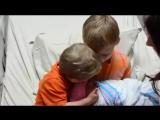 Первое знакомство с сестренкой )