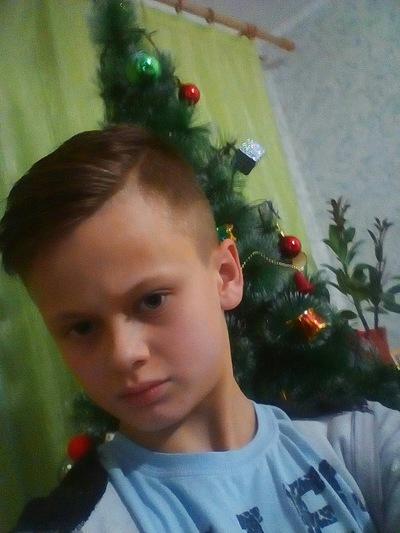 Илья Лоськов